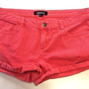 FOREVER 21 RED DISTRESSED DENIM SHORTS 28